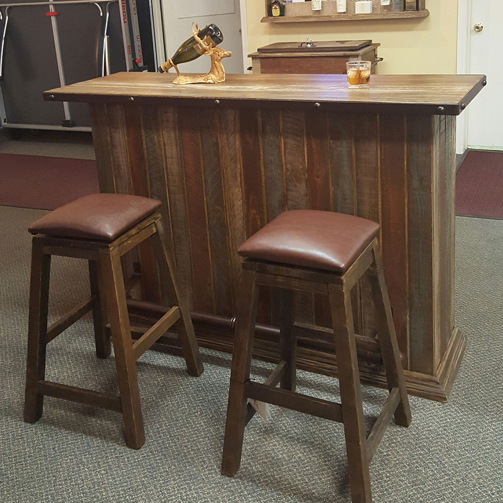 Home Bars For The Casual Drinkers: Multi Color Bar