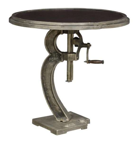 table-taftiron-1.jpg