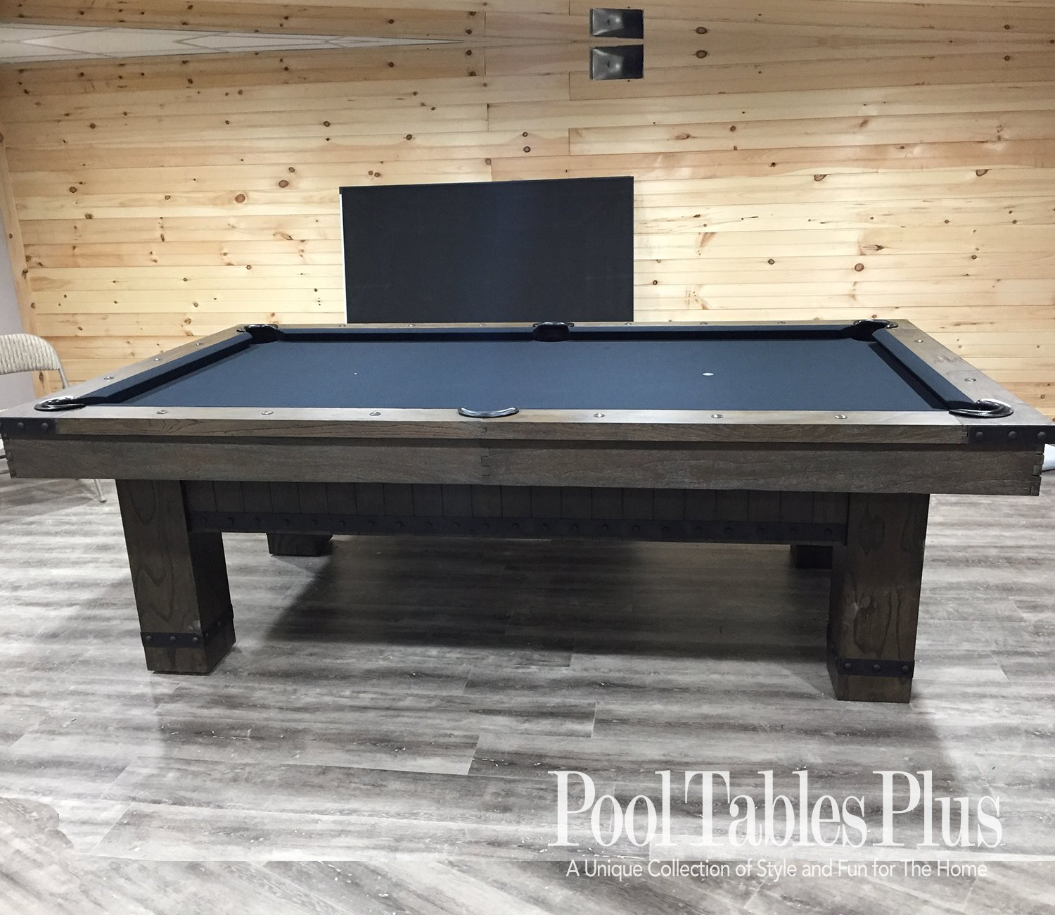 Montana 7 Or 8 Pool Table