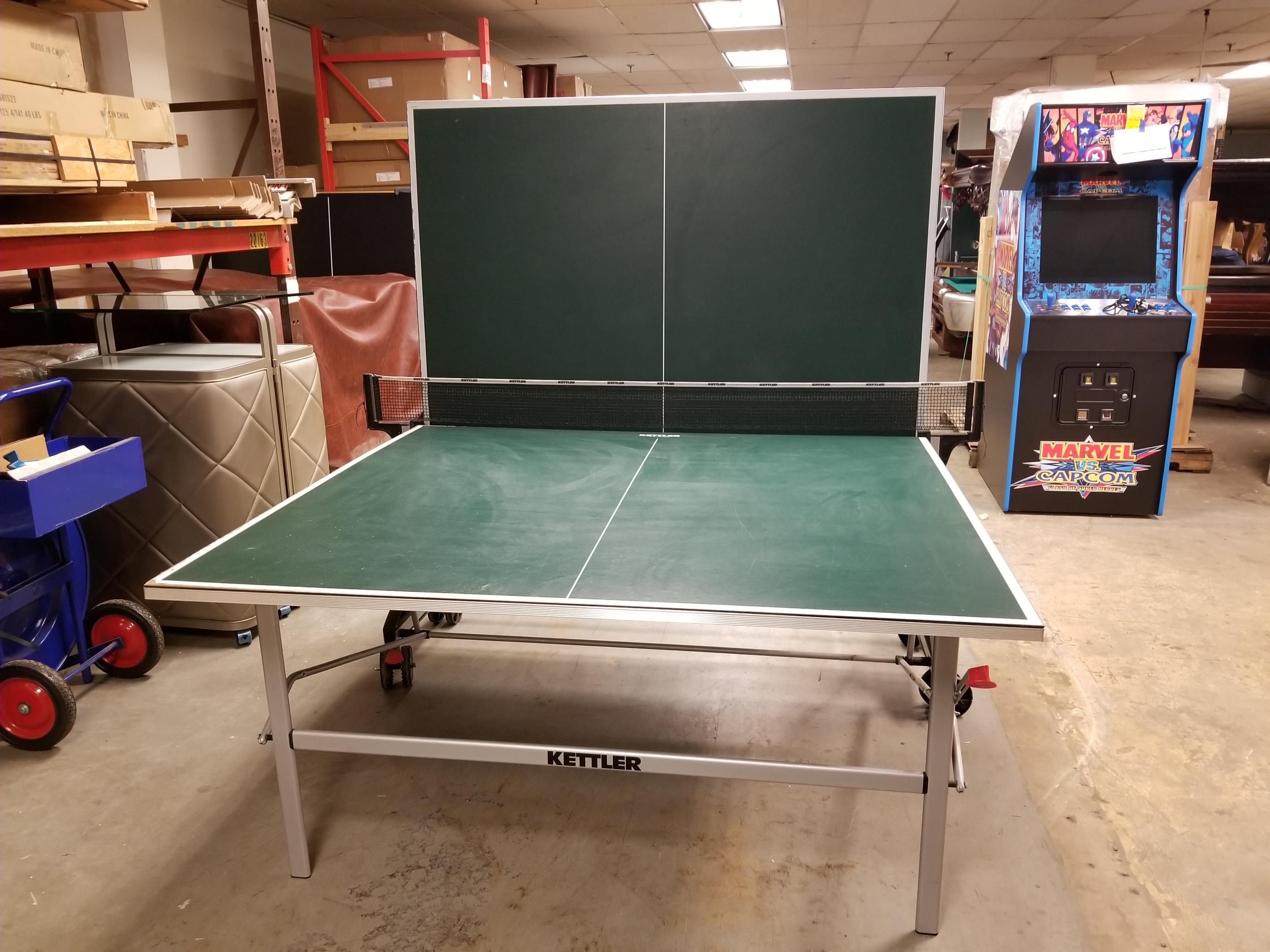 A Customer Left His $700 Kettler Ping Pong Table Outside In The Rain And  The Wood Table Top Now Has Small Bubbles In It. We Gave Him A Trade In  Allowance ...