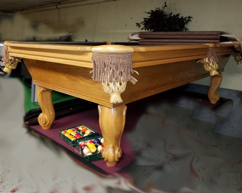 8′ Connelly Pool Table