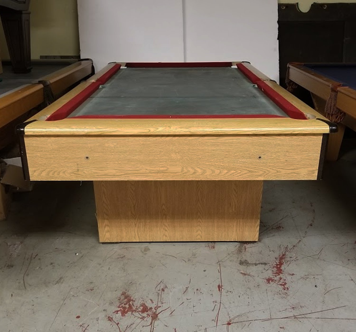 Picture of: Pre Owned Pool Tables Game Room Furniture