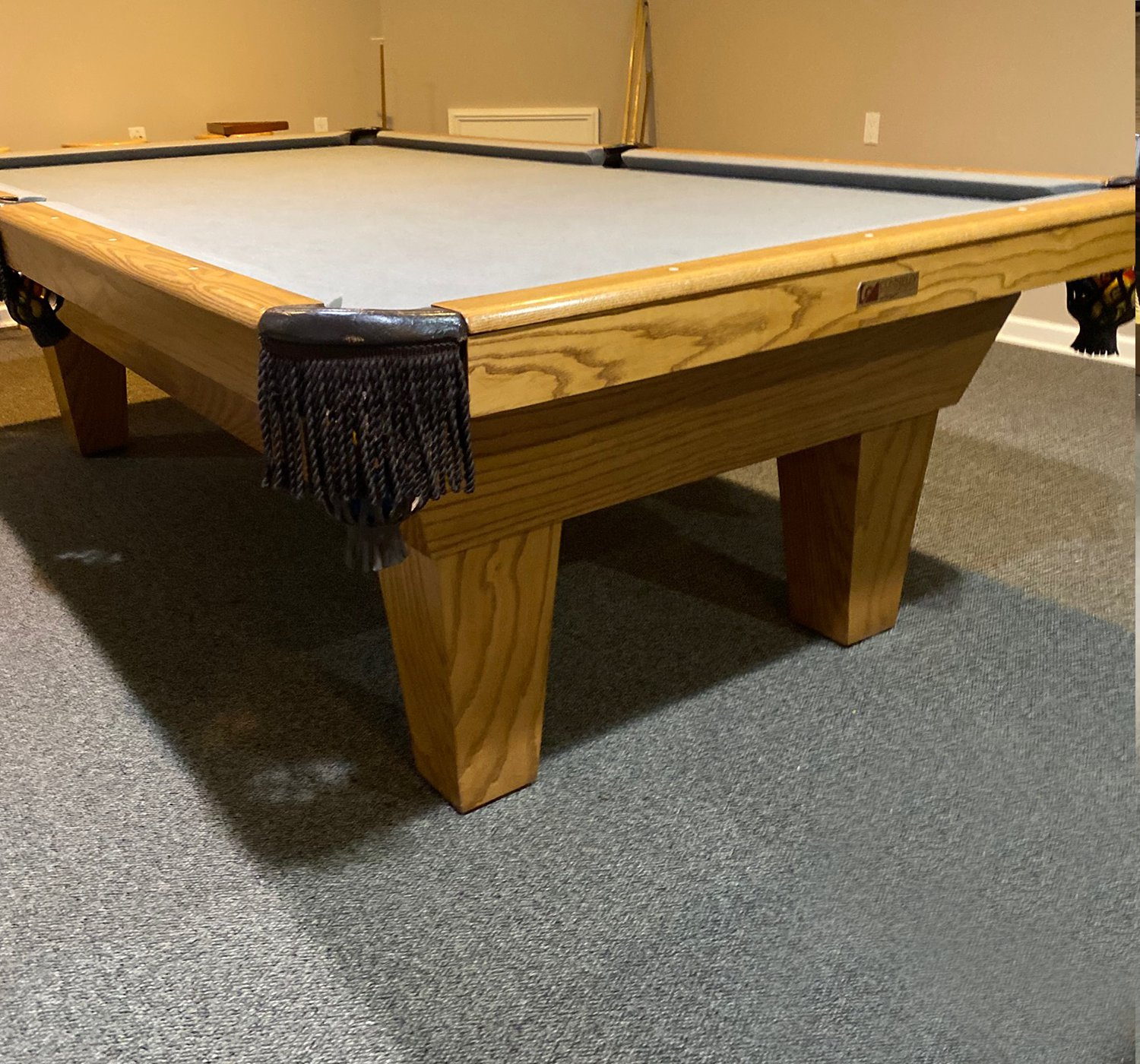 9′ Connelly Pool Table