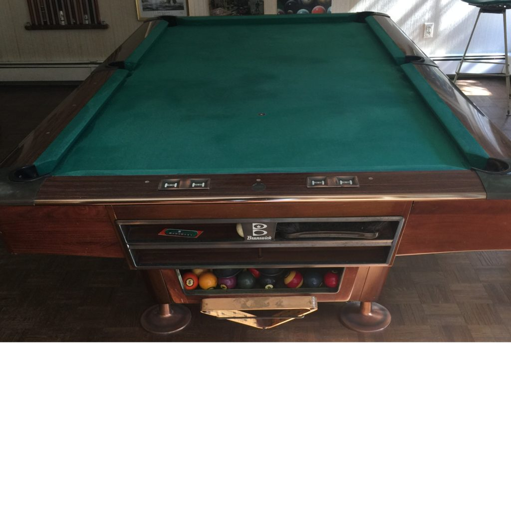 8OS Gold Crown Pool Table
